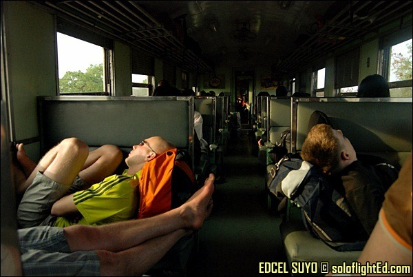 train sleep to siem reap