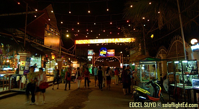 night market angkor