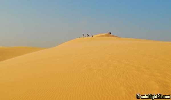mui ne white sand dunes