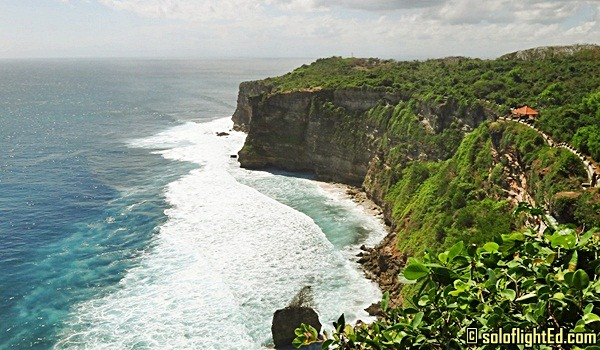 Bali, Indonesia: Monkeys and Cliffs in Uluwatu Temple