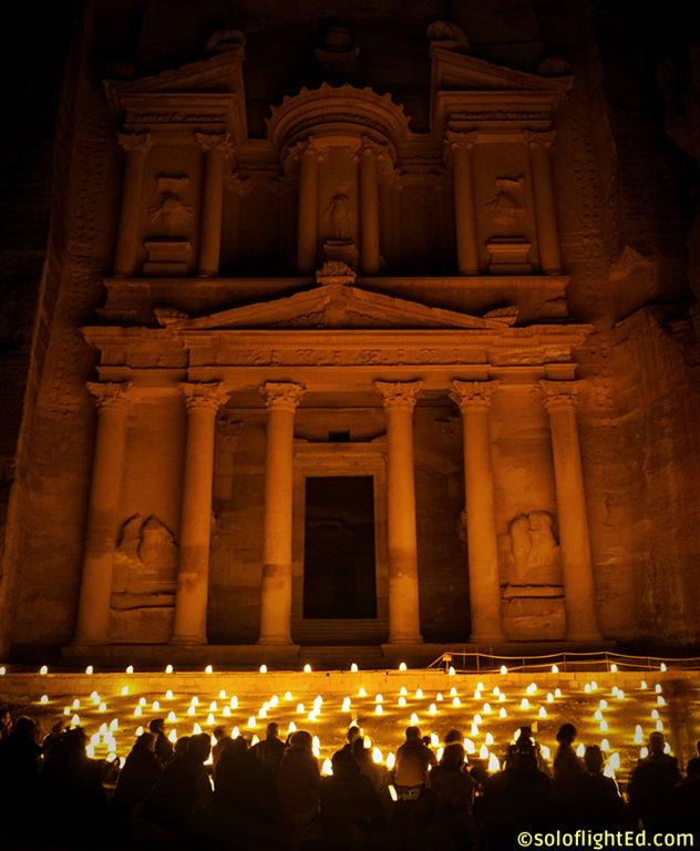petra by night photos